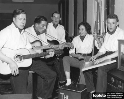 The Wadds Skiffle Group