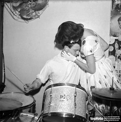 World drumming record