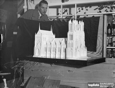 Rheims Cathedral in sugar._x000D_ Some wonderful