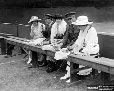 Wimbledon picnic