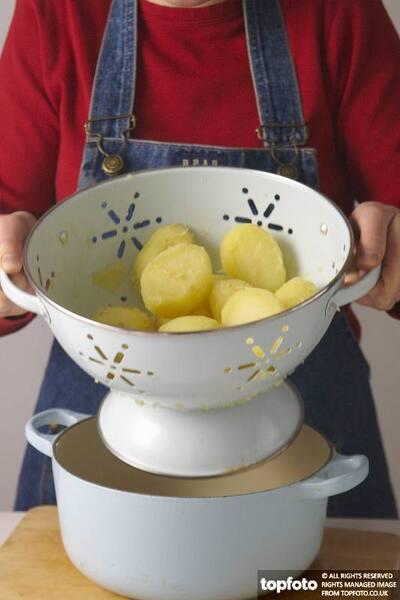 Parboiled potatoes