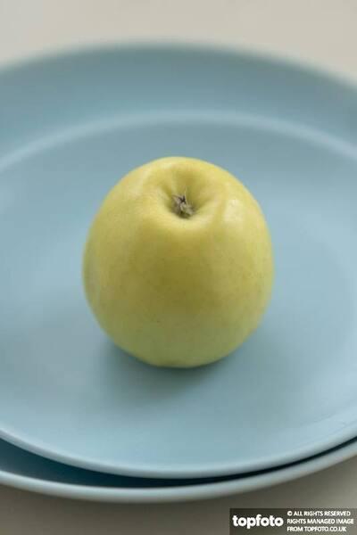Yellow green apple