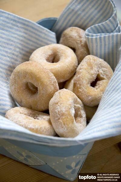 Mini ring doughnuts