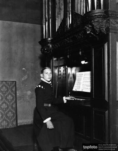 Master Edward Handel , aged