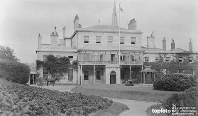 Admiralty House , Plymouth Devon_x000D_ 1918
