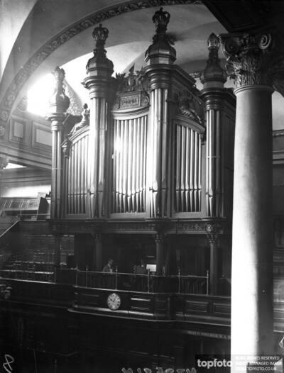 Mendelssohn ' s Organ_x000D_ After extensive