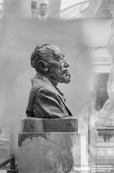 The epstein bust of Conrad