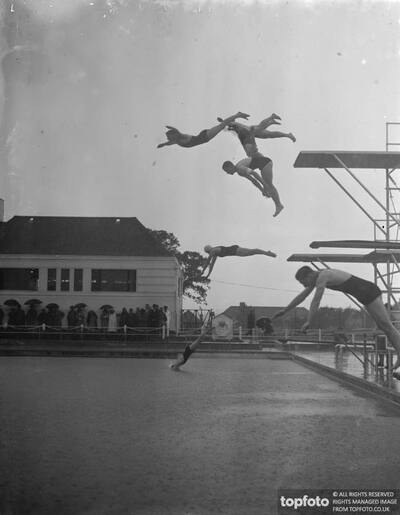 Bexleyheath swimming baths open ._x000D_ Diving