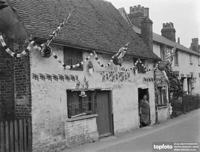 Coronation decorations in Eynsford ,