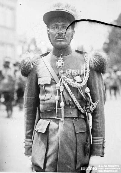 Abyssinian officer ._x000D_ 1935