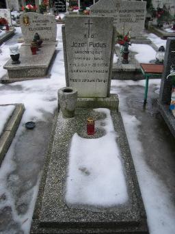 Poznański Czerwiec 1956 r. - Józef Pudys - fotografia grobu z 2006 r.