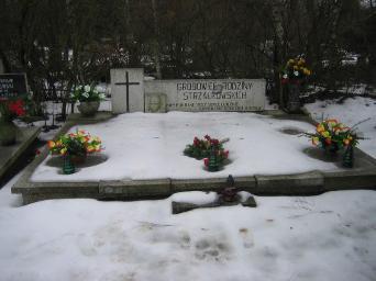 Poznański Czerwiec 1956 r. - Roman Strzałkowski - fotografia grobu z 2006 r.