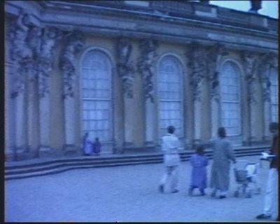 Fahrt nach Teltow und Besuch des Schloss Sanssouci