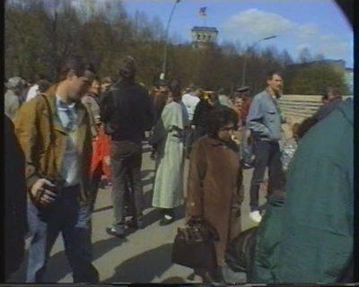 Berlin... nach dem Mauerfall (9. Nov. 1989). 8. April 1990