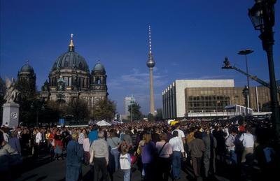 Wiedervereinigungsfeier auf der Prachtstraße Unter den Linden
