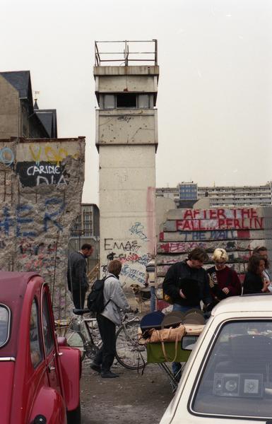 Souvenirverkauf an der Mauer