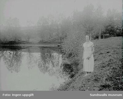 Vy över Bredsjön, Ljustorp. Vykort.