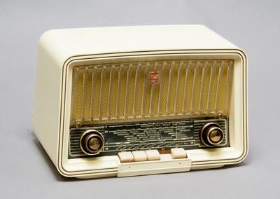 Radioapparat   Europeana