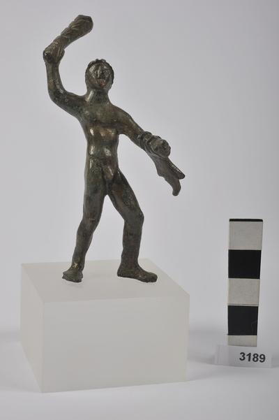 statuetta / Ercole in assalto