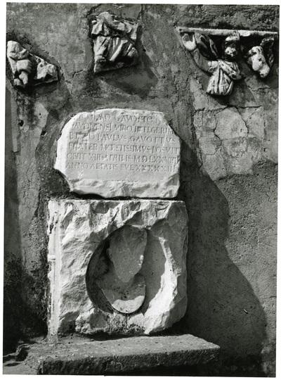 lapide tombale di Nicola Gavotti