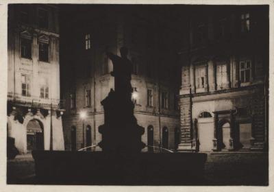 Lwów w nocy. Fragment Rynku