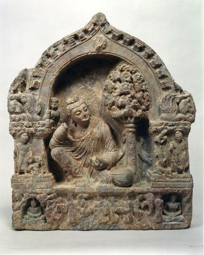 Buddha assiso in mahārajalīlāsana