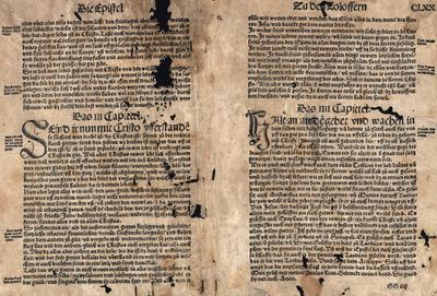 Plaat uit een oude bijbel. Met drie blad [druks]. [Houtsnede], ca. 21 x 16.