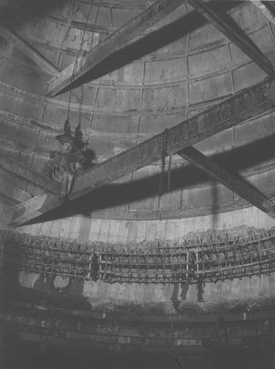 Verbreding van schacht I bij de 548 meter verdieping van de staatsmijn Maurits. Foto P. Rademakers.