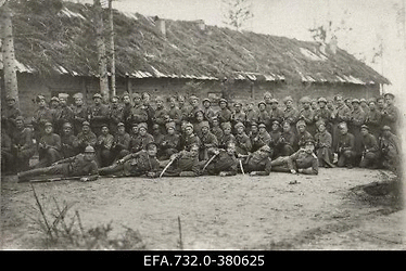 Vene 33.Jalaväediviisi 131.Tiraspoli polgu 8.roodu pool koosseisu kasarmu                      ees.