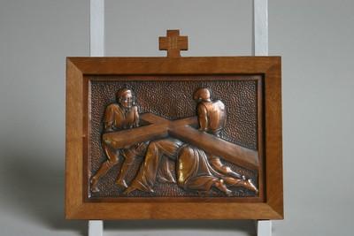 Kruisweg statie 3 : Christus valt voor de eerste maal