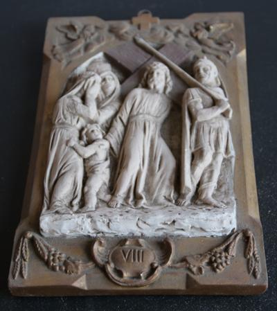 Statie 08: Jesus troost de wenende vrouwen.