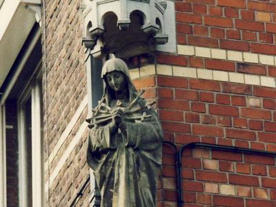 Klooster der 7 Weeën - Buitenaanzichten