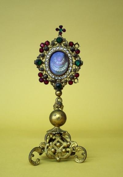 Reliekmonstrans met reliek van de heilige Jozef