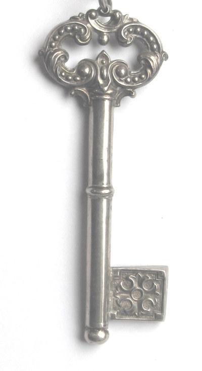siersleutel O.- L.- Vrouw