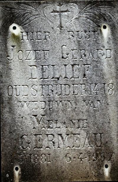 foto's grafsteen van Delief Jozef