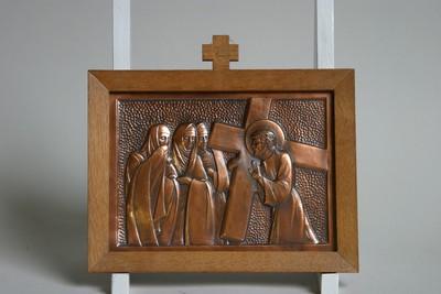 Kruisweg statie 8 : Christus troost de wenende vrouwen