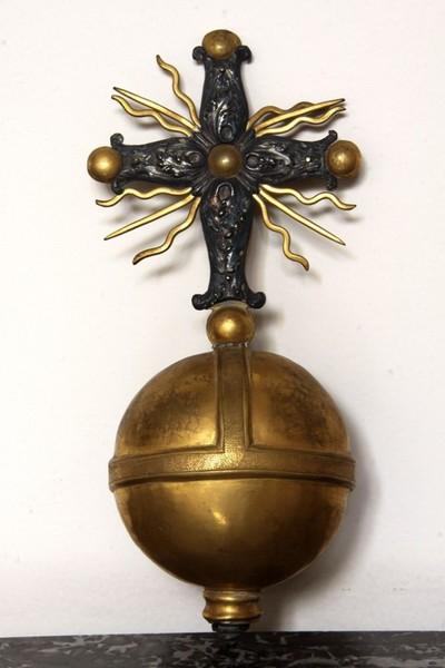 rijksappel - wereldbol met kruis