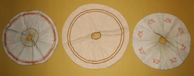 Drie witte ciborievela