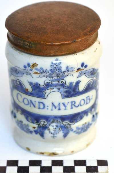 Delfts blauwe apothekerspot; COND: MYROB: en LUL: PURGANT: