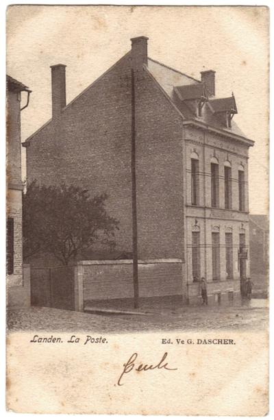 Landen het oude postgebouw - La Poste