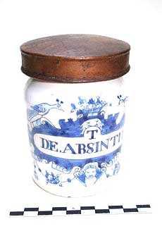 Delfts blauwe apothekerspot; 'T DE. ABSINTHIO'.