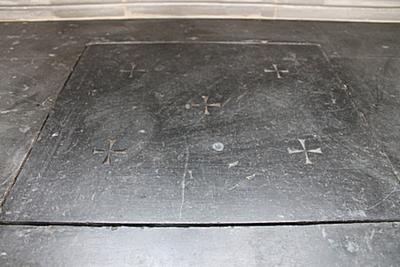 Arduinen altaarsteen voor Sint-Rosalia