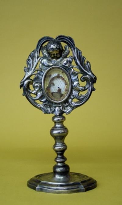 Reliekmonstrans met een reliek van de Heilige Antonius