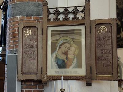 wandsculptuur, retabel, Moeder van Goede Raad