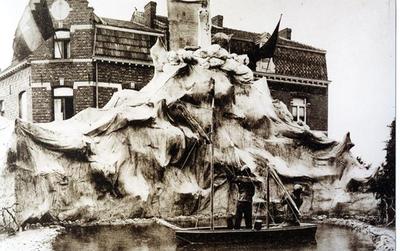 Foto: straatversiering: Maria, Sterre der zee, Windmolenstraat (Virga Jessefeesten, Hasselt, 1926)