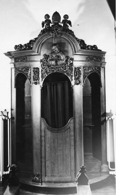 1 stoel - biechtstoel in eikenhout met de Boetvaardige Petrus