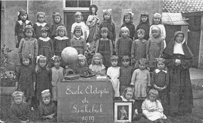 Klasfoto Linkebeek 3de en 4de studiejaar in 1919