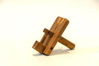 Drie houten ratels