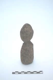 halffabrikaat van een houten beeldje