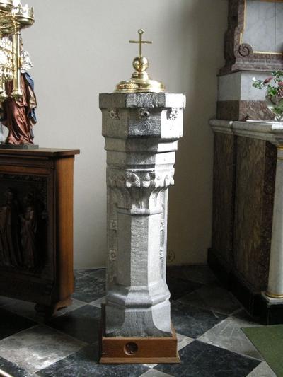 stenen doopvont